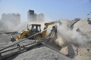 The Ghaziabad Development Authority carried out a major demolition drive and freed up nearly 25 acres of Hindon floodplains near Indirapuram on Monday.