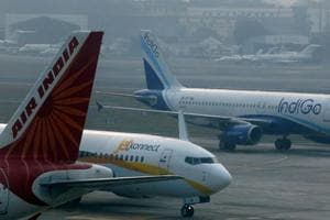 Govt says it's still waiting to see if IndiGo airline will bid for Air...