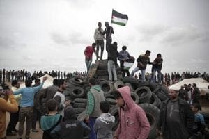 Photos: Great March of Return protests at Gaza-Israel border continue,...