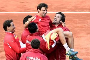 David Ferrer sends Spain into Davis Cup semis vs France; Croatia set...