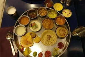 Mumbaiwale: How do waiters know exactly when to replenish your thali?