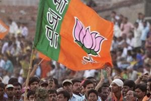 BJP income jumps 81% to Rs 1,034 crore, Congress' dips 14%, shows...