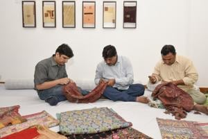 Delhi weekend: Meet and interact with Rafoogars on the art of darning