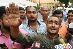 SIT faces protests from MLA's supporters in Unnao village