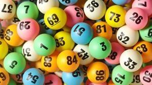 Mumbai lottery centre issues fake bills, six held