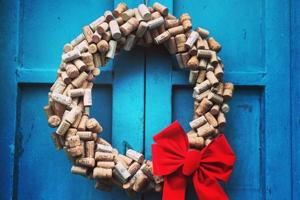 Be a decor maven: Here's how to use wine corks to add an earthy touch...