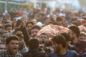 Kashmir man injured in clashes dies in hospital