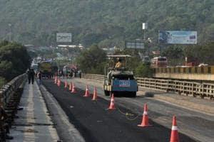 Buses on trial run from Dhaka to Kathmandu to enter India on April 24