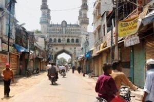A view of Charminar in Hyderabad on May 19, 2007  during a shutdown called in the city to protest a bomb blast at the historic Mecca Masjid a day before.