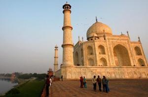 Taj Mahal belongs to India, not religious boards: Descendent of Mughal...
