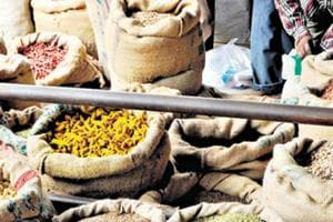Wholesale price inflation eases to 2.47% in March