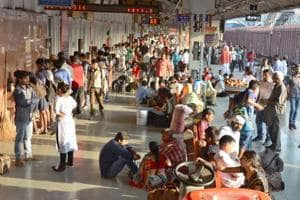 Indian Railways to launch smartphone app 'MADAD' for lodging...