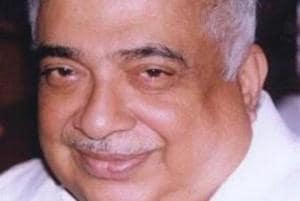 Senior journalist TVR Shenoy passed away at the age of 77.