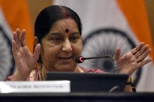 Sushma Swaraj in China from Saturday, to hold talks with Wang Yi