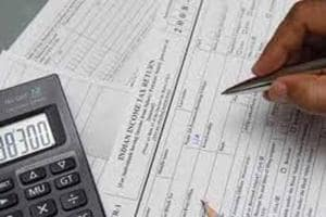Income tax department warns salaried class against filing wrong...