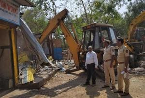 Maharashtra mangroves cell officials clear 180 illegal structures