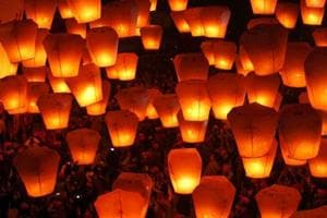 You may not be able to fly sky lanterns around airports soon
