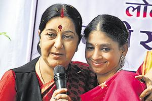 Sushma Swaraj plays matchmaker, seeks groom for Pakistan-returned...
