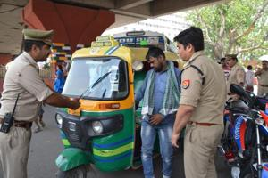 Operation Chakravyuh: Police seize 1,517 errant autos in Ghaziabad...