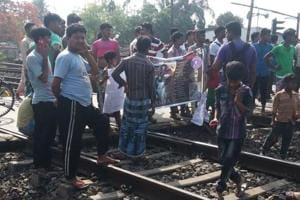 Bengal: Agitators block rail tracks, NH-6 to protest Kathua-Unnao...