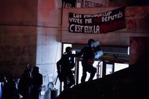 French police evacuate occupied Paris university site