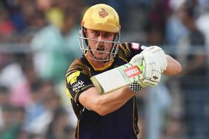 KKR's Chris Lynn hits his first 50 of IPL 2018 in match vs Kings...