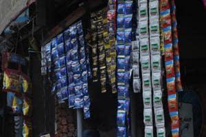 Noida principals unhappy with DM notification on tobacco sale