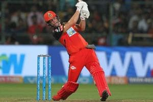 IPL 2018: AB de Villiers' fiery 90 helps Royal...