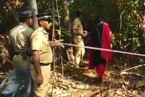 Kerala govt to give Rs 5 lakh to family of tourist found dead near...