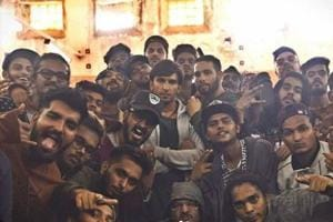 Ranveer Singh wraps up Gully Boy shoot with so many group photos, rap...
