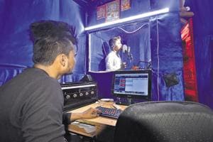 Starry dreams fuel Bhojpuri music in Delhi