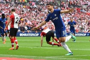 Olivier GIroud, Alvaro Morata guide Chelsea FC to FA Cup 2018 final