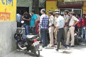 UP gangster with Rs 2 lakh shot dead by police in Noida village