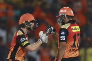 IPL 2018: Sunrisers Hyderabad look to pin down struggling Mumbai...