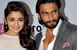 Ranveer Singh sees off Alia Bhatt, asks paparazzi if they want love...