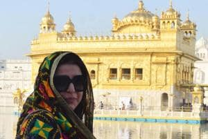 Farah Khan visits Amritsar's Golden Temple