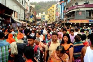 First batch of pilgrims for Badrinath, Kedarnath shrines leave...