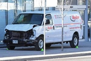 10 people killed, 15 injured after van attack in Toronto, driver...