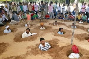 'Kill us if you take our land', Gujarat farmers protest land...