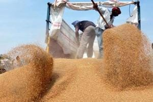 The decision has been taken to prevent any attempt by transporters to indulge in cartelisation in the ongoing rabi season.