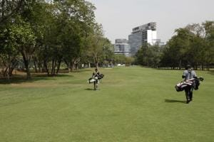 The now-derecognised Indian Golf Union (IGU) is under pressure from the sports ministry to hold elections and amend its constitution.