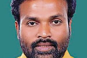 Sreeramulu's possible elevation is seen as an exercise to not only break free of the power tussle between the influential Lingayat and Vokkaliga communities but also groom a new generation of young leaders in a state where the BJP is trying to grow roots .