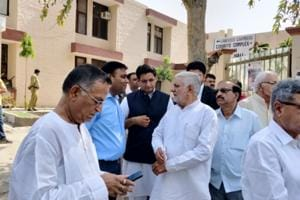 A battery of senior Congress leaders, including former Haryana Vidhan Sabha speaker Kuldeep Sharma, Karan Dalal, Anand Singh Dangi, Lalit Nagar, were present outside court complex in Panchkula on Tuesday.
