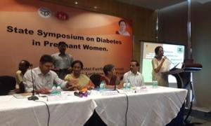 A symposium on diabetes in pregnant women underway.