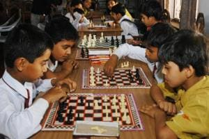 In the morning session, Anuj surprised everyone by getting the better of higher ranked Shubham Kumthekar. The Symbiosis School student was playing with white and started with an E4 opening while Shubham, who was rated 400 points above his opponent, tried to confuse him with an orthodox opening.
