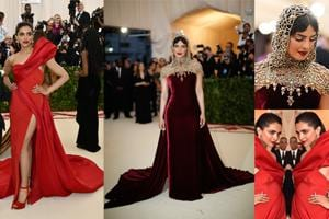 Priyanka surprised everyone in a stunningly imaginative number but Deepika kept it safe and predictable.