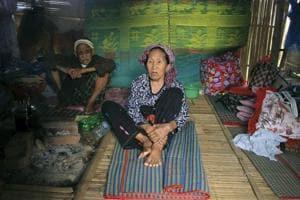 Photos: Myanmar's ethnic Kachin flee fighting between rebels and army