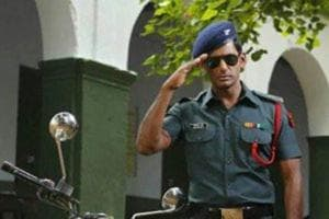 Actor Vishal plays the role of an army officer on leave in Irumbu Thirai.