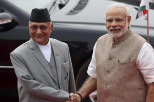 PM Narendra Modi with Nepalese counterpart KP Sharma Oli during his ceremonial reception at the Rashtrapati Bhavan in New Delhi.