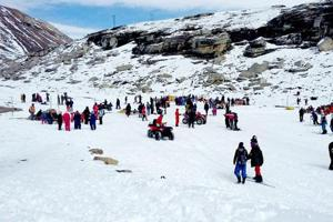 Nearly 8,000 tourists visit the Rohtang pass daily during summers.
